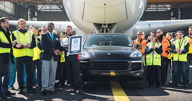 Porsche Cayenne tows Air France Airbus A380 to break world record